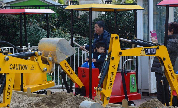 儿童游乐挖掘机 可旋转游乐园小型挖掘机 室外儿童挖掘